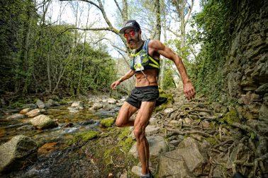 Tommy Rivs en la Batuecas. Trail Tres Valles